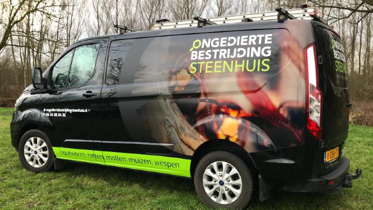 Autoreclame Steenhuis ongedierte bestrijding