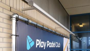 Gevelreclame Play Padel Club spandoek