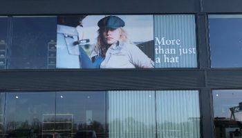 Raamreclame Hatlant - Van Dijk Signmakers 3