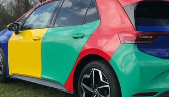 kleurrijke autowrap vw pouw id.3